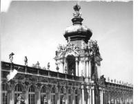 Bundesarchiv_Bild_183-26055-0005,_Dresden,_Zwinger