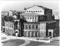Bundesarchiv_Bild_183-27363-0004,_Dresden,_Semper-Oper