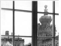 Bundesarchiv_Bild_183-27363-0011,_Dresden,_Zwinger,_Kronentor