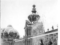 Bundesarchiv_Bild_183-28225-0002,_Dresden,_Zwinger,_Kronentor