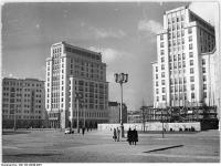 Bundesarchiv Bild 183-29648-0007, Berlin, Karl-Marx-Allee, Strausberger Platz