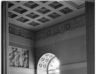 Bundesarchiv_Bild_183-30388-0002,_Weimar,_Schloss,_Treppenaufgang