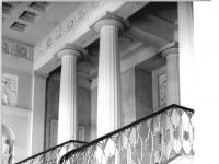 Bundesarchiv_Bild_183-30388-0003,_Weimar,_Schloss,_Treppenhaus