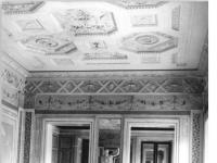 Bundesarchiv_Bild_183-30388-0012,_Weimar,_Schloss,_Spiegelsaal