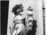 Bundesarchiv_Bild_183-30705-0019,_Potsdam,_Park_Sanssouci,_Chinesisches_Teehaus