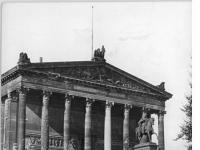 Bundesarchiv_Bild_183-32986-0001,_Berlin,_Nationalgalerie