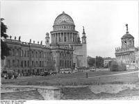 Bundesarchiv_Bild_183-40992-0003,_Potsdam,_Nikolaikirche,_Richtkrone