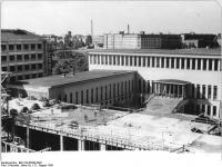 Bundesarchiv_Bild_183-65059-0002,_Leipzig,_Universität,_Psychologisches_Institut