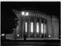 Bundesarchiv_Bild_183-67133-0001,_Berlin,_Volksbühne,_Nacht