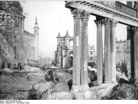 Bundesarchiv_Bild_183-69141-0001,_Potsdam,_Stadtschloss,_Nikolaikirche