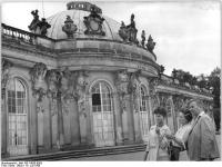 Bundesarchiv_Bild_183-74830-0003,_Potsdam,_Schloss_Sanssouci