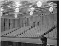 Bundesarchiv_Bild_183-75965-0003,_Leipzig,_Opernhaus,_Zuschauerraum
