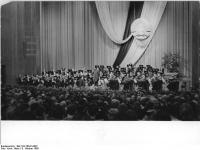 Bundesarchiv_Bild_183-76041-0007,_Leipzig,_Opernhaus,_Festakt_zur_Eröffnung