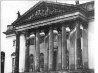 Bundesarchiv Bild 183-85946-0002, Berlin, Deutsche Staatsoper, Außenansicht
