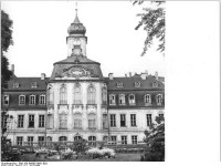 Bundesarchiv_Bild_183-B0605-0091-003,_Leipzig,_Gohliser_Schlösschen