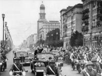 Bundesarchiv Bild 183-B0628-0015-023, Berlin, Fahrt von Chruschtschow und Ulbricht