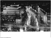 Bundesarchiv_Bild_183-B0907-0061-001,_Leipzig,_Karl-Marx-Platz,_Opernhaus,_Nacht