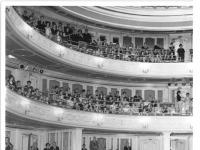 Bundesarchiv Bild 183-B1004-0016-001, Berlin, Deutsche Staatsoper, Zuschauerraum