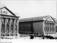 Bundesarchiv_Bild_183-C1104-0015-001,_Berlin,_Pergamon-Museum