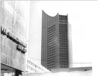 Bundesarchiv_Bild_183-F0923-0301,_Leipzig,_Universitätshochaus