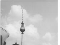 Bundesarchiv_Bild_183-H0822-0017-001,_Berlin,_Fernsehturm,_Bau