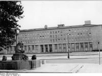 Bundesarchiv Bild 183-K1028-0320, Berlin, Haus des ZK der SED