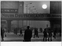 Bundesarchiv Bild 183-L0122-0029, Berlin, Alexanderplatz, Abend