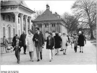 Bundesarchiv_Bild_183-L0328-0024,_Dresden,_Schloss_Pillnitz