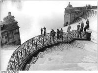 Bundesarchiv_Bild_183-M0429-0003,_Dresden,_Schloss_Pillnitz