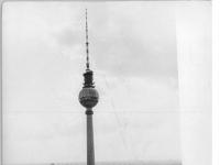 Bundesarchiv_Bild_183-M0729-0758,_Berlin,_Fernsehturm,_Rotes_Rathaus,_Marienkirche