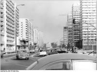 Bundesarchiv_Bild_183-R1001-0011,_Berlin,_Leipziger_Straße,_Wohnbauten