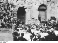 Bundesarchiv_Bild_183-S49781,_Athen,_Herodes-Attikus-Theater