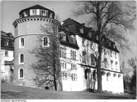 Bundesarchiv_Bild_183-T0613-0301,_Weimar,__Grünes_Schloss_