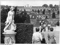 Bundesarchiv_Bild_183-T0729-0005,_Potsdam,_Park_Sanssouci