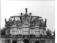 Bundesarchiv_Bild_183-U0904-0015,_Dresden,_Zwinger