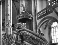 Bundesarchiv_Bild_183-U1119-0015,_Freiberg,_Dom_Unser_Lieben_Frauen,_Kanzel