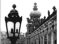 Bundesarchiv_Bild_183-W0125-0300,_Dresden,_Zwinger,_Winter