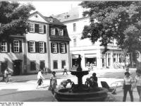 Bundesarchiv_Bild_183-Z0720-309,_Weimar,_Schillerhaus