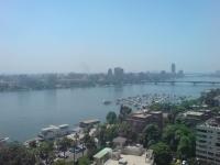 Die Stadt Kairo, wird durch den Nil durchquert