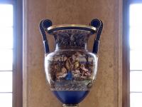 Chateau_Fontainebleau-vase