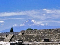 CholulaPyramidPopocatepetl