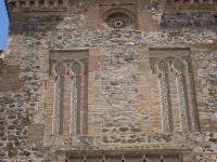 Church_of_Santiago_del_Arrabal,_Toledo_-_facade_2