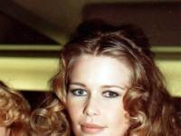 Claudia Schiffer Cesars 1993