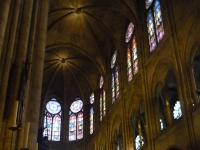 Clerestory_of_apse,_Notre_Dame,_Paris,_ZM