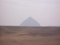 Dahshur_BentPyramid_Egypt_2007feb1-23_byDanielCsorfoly