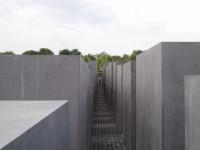 Denkmal fuer die ermordeten Juden Europas in Berlin 4