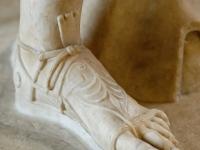 Detail_Diana_Versailles_Louvre_Ma589_n3
