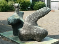 sculpture Reclining Figure, Two Pieces (1959) by Henry Moore in Duisburg, Germany