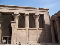 EdfuHorusTempleEgypt_2007feb7-71_byDanielCsorfoly