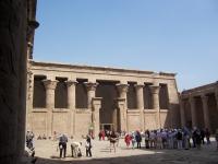 EdfuHorusTempleEgypt_court_2007feb7-83_byDanielCsorfoly